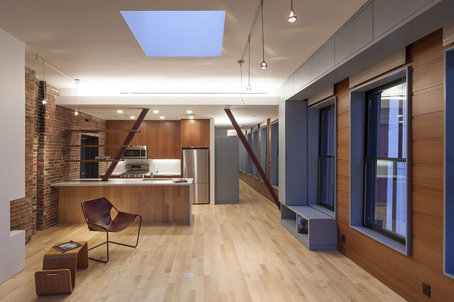 Skylight bringing in natural ventilation