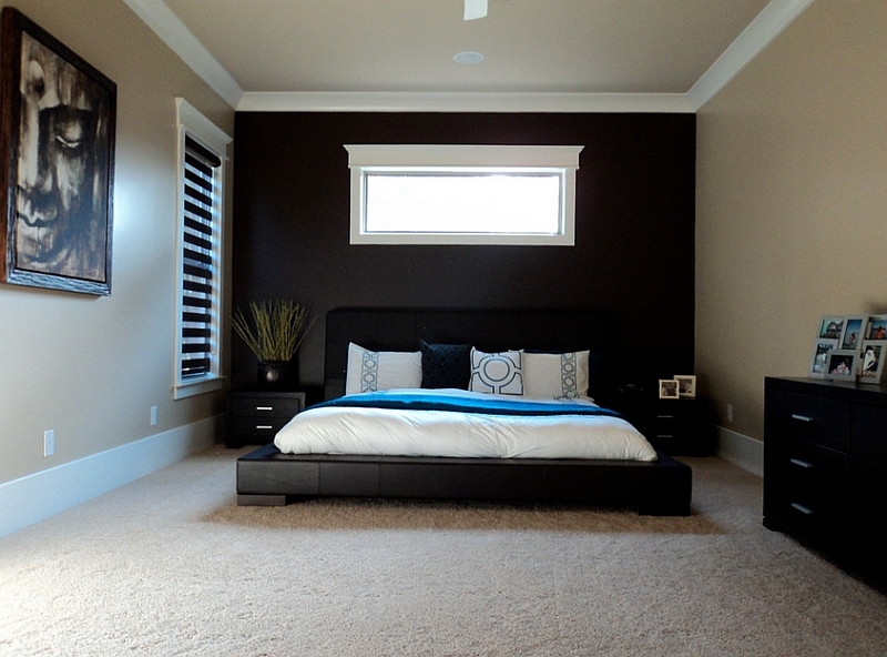 Sleek, black accent wall idea for the bedroom