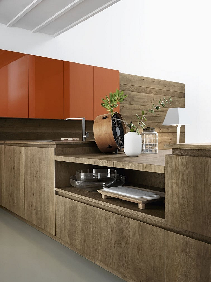 Sleek, contemporary kitchen shelves with hidden handles