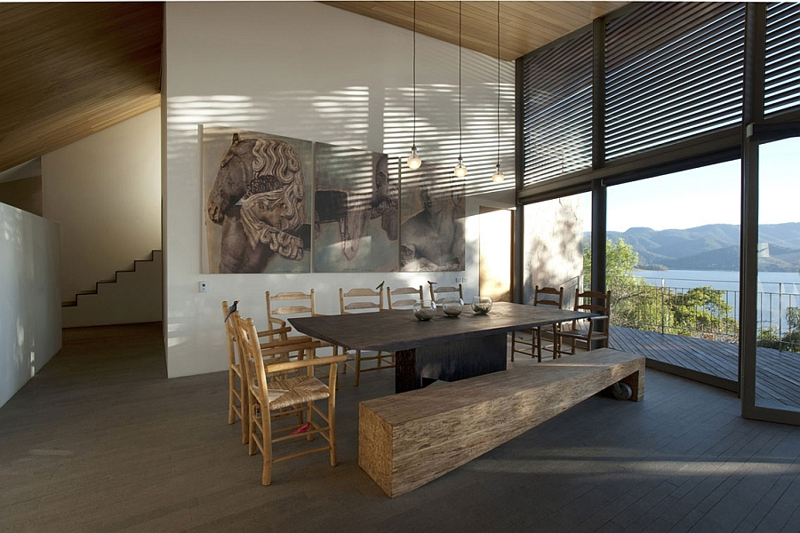 Spacious dining room with a view of the lake