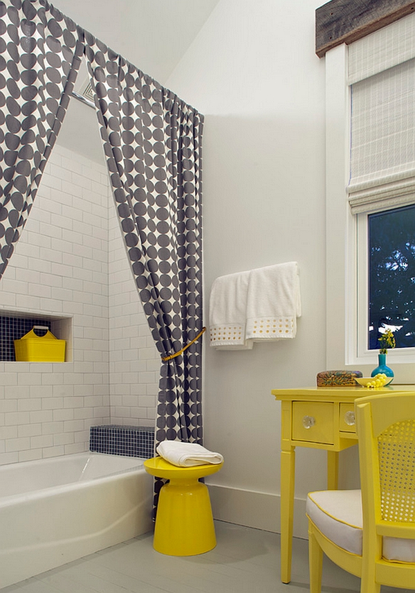Splash of yellow in the beach style bath