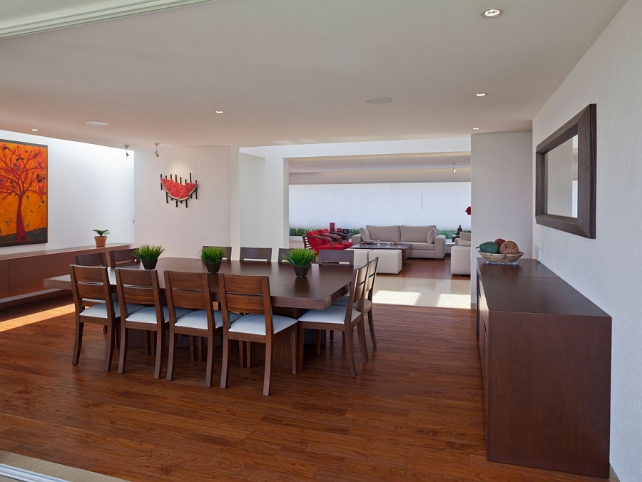 Stylish and elegant dining room idea