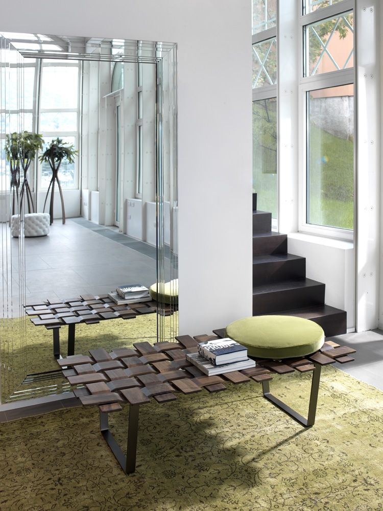 Stylish rectangular bench for the contemporary home