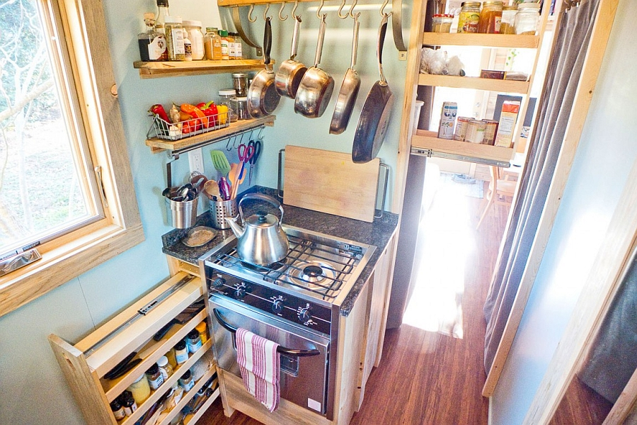 Tiny cooking station in the kitchen