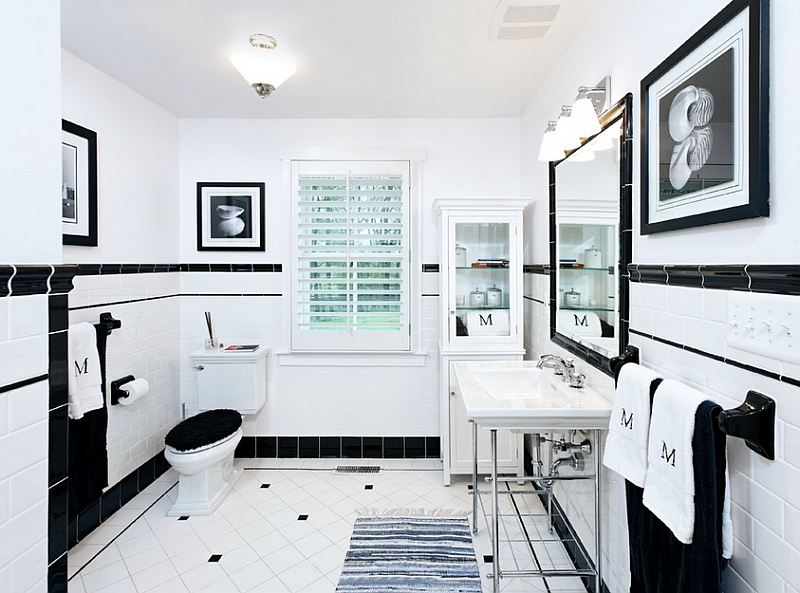 Trendy black and white bathroom