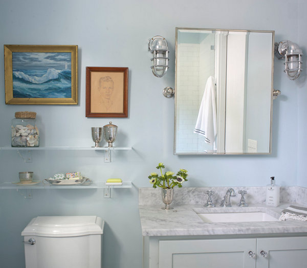 Wall-mounted bathroom shelves