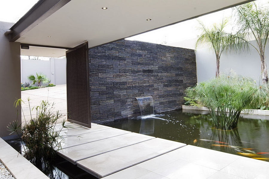 Water feature at the entrance of the house