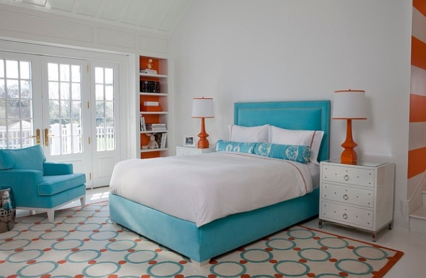Wonderful combination of blue and orange in the bedroom