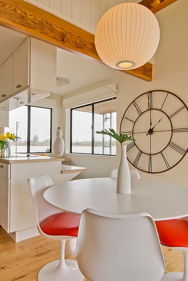 Wonderful use of curves in the contemporary dining room