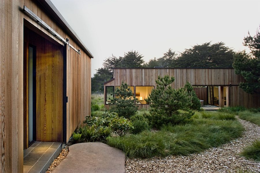 Wooden extreior of the sea ranch residence
