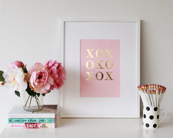 XOXOXO print.jpg