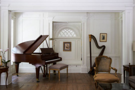 String Up A Harmonious Interior With Gorgeous Harps