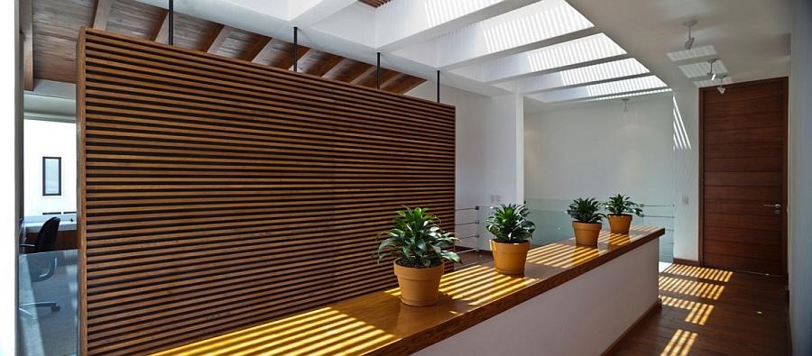 natural ventilation through smart skylights