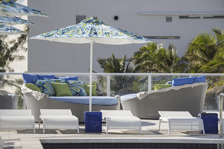 Aqua Daybed with Canopy by Source Outdoor