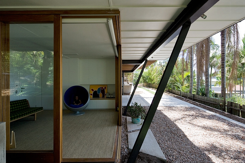 Ball Chair by Eero Aarnio inside the Sydney home