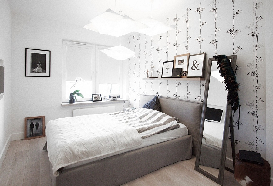 Bedroom wallpaper that invokes images of nature