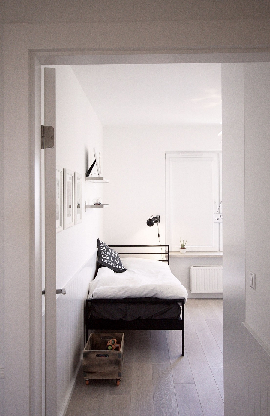 Bedrooms that borrow from both rustic and Scandinavian style