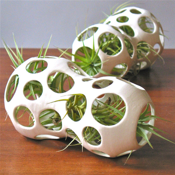 Ceramic air plant pods