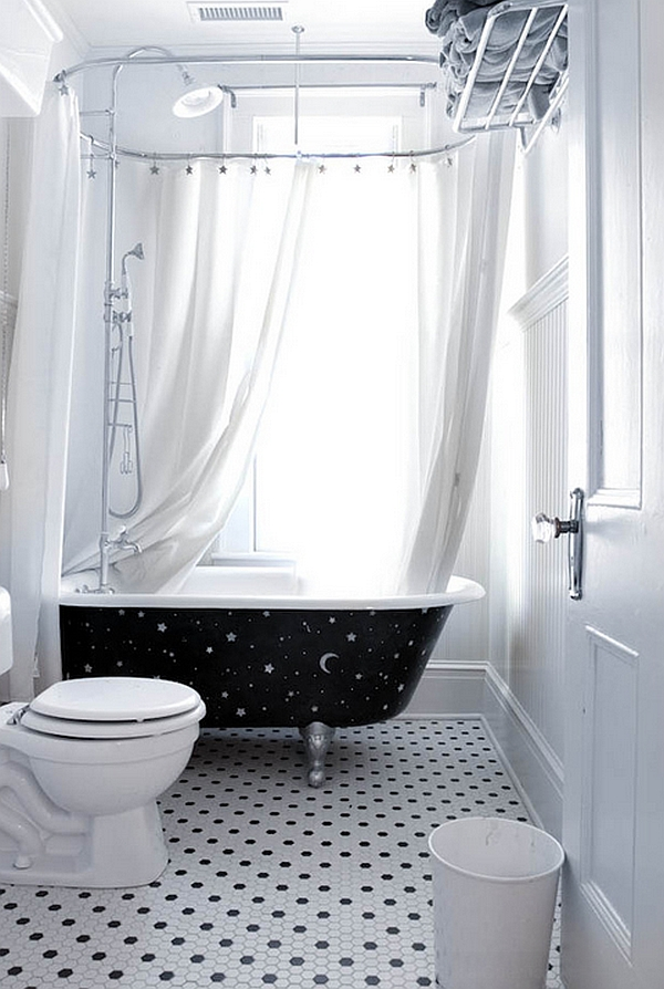Custom-painted bathtub brings the night sky indoors