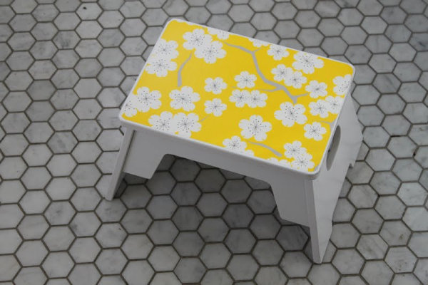 DIY bathroom step stool