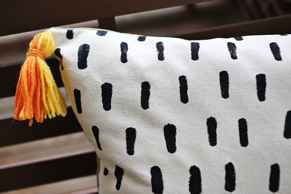 DIY outdoor pillow