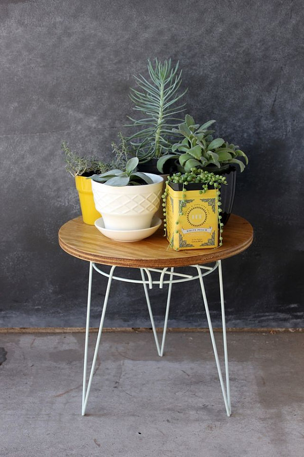 DIY wire and wood table