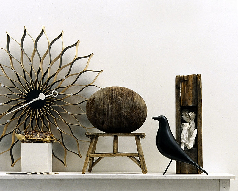 Eames House Bird by Vitra next to the Nelson Clock