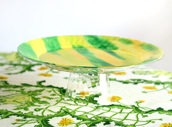 Easy painted cake stand