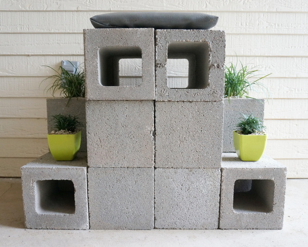 Front view of the cinder block throne