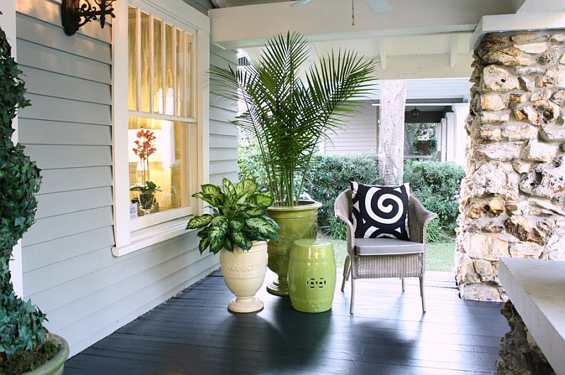 Garden stools can be used both indoors and oustide in the porch