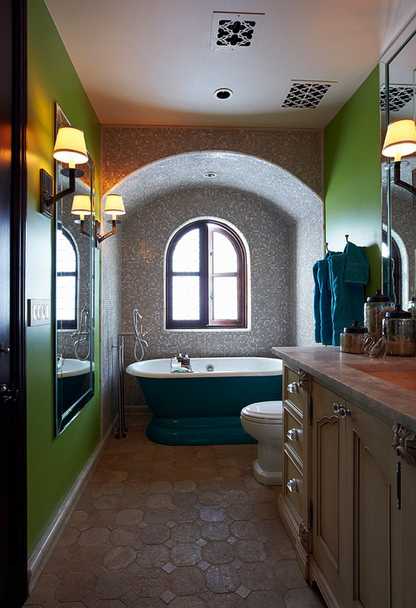 Gorgeous pedestal bathtub makes quite a visual impact