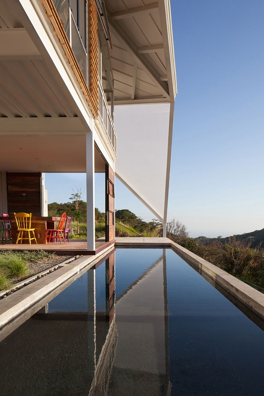 Gorgeous terrace offers unabated views of San Salvador
