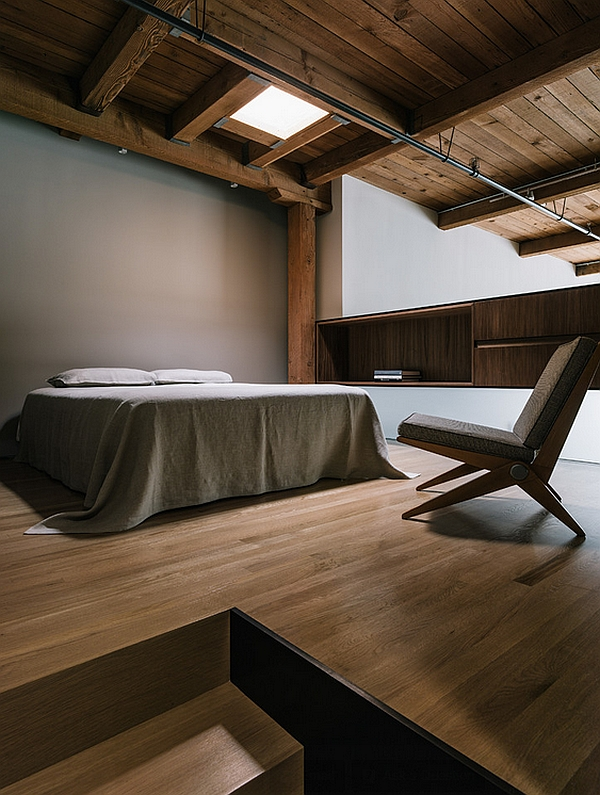 Industrial minimal bedroom in a San Francisco Loft