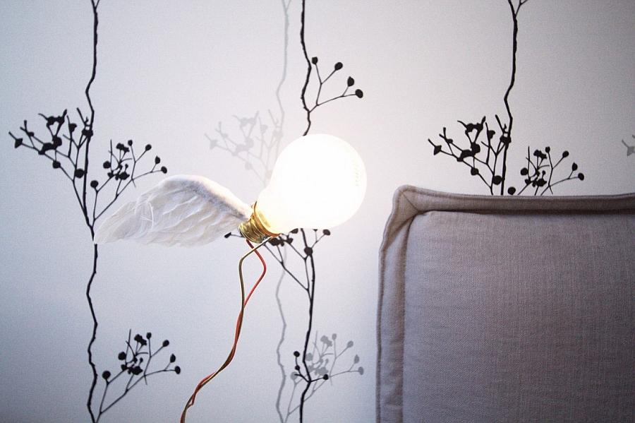 Innovative bedside lighting fixture DIY idea