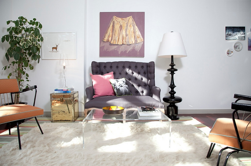 Jonathan Adler Black Trousdale Lamp in the Mid-Century Modern Living Room