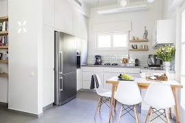 Small Tel Aviv Apartment Gets A Gorgeous Makeover And A Versatile Interior