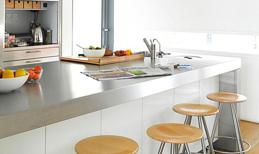 Incroyable 15 Kitchens With Stainless Steel Countertops