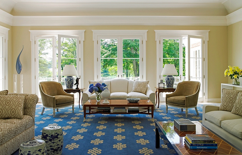 Lovely living room embrace the blue and white color scheme