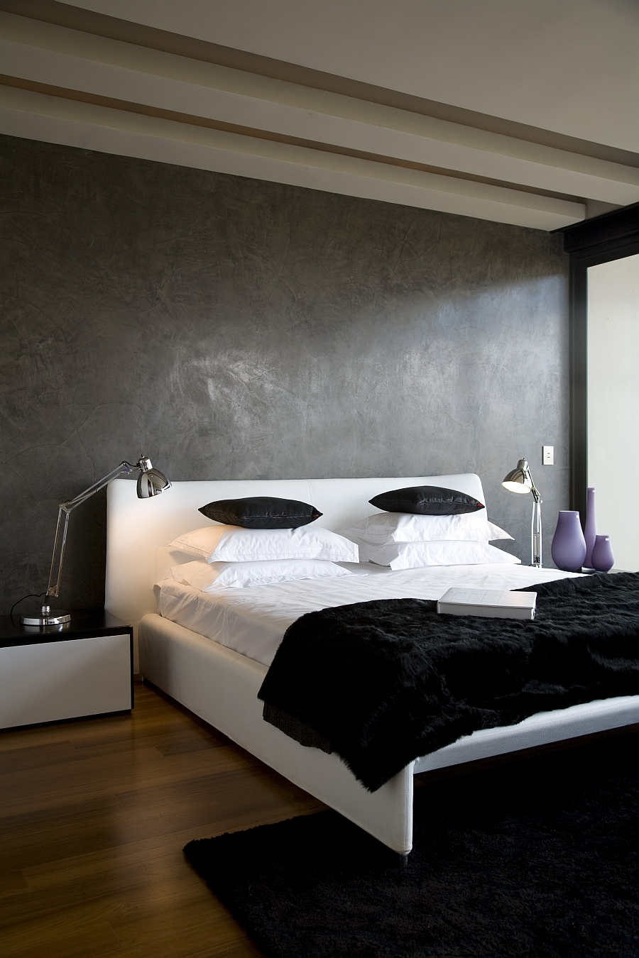 Minimalist bedroom in black, white and grey