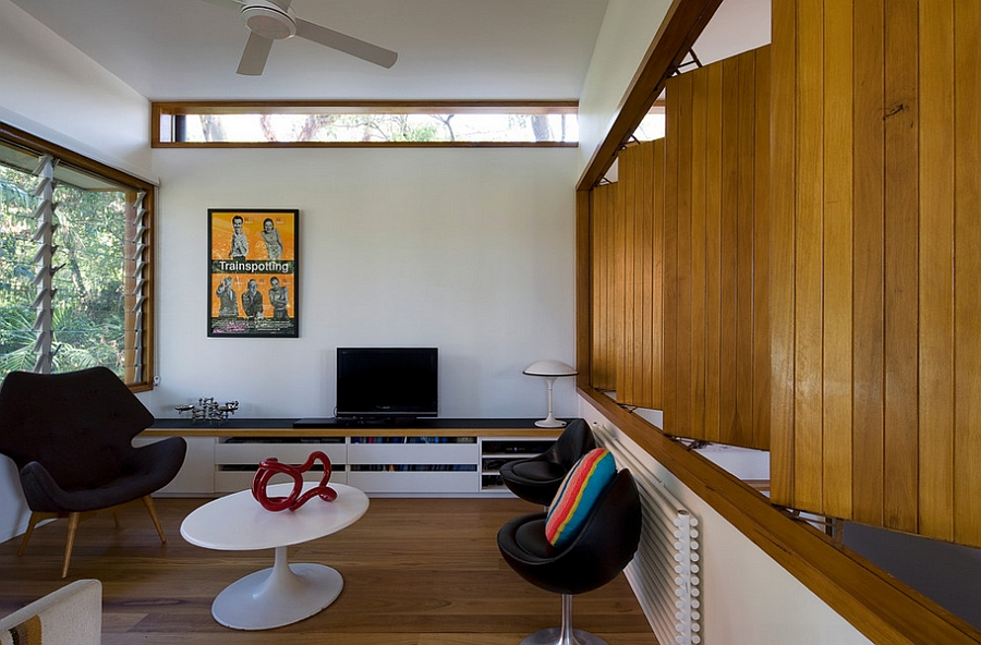 Movable timber screens for the innovative TV Room