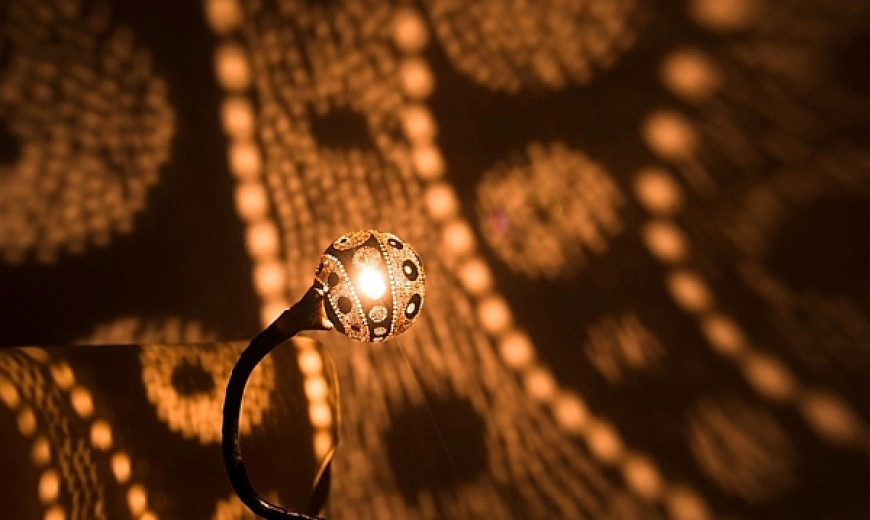 Handcrafted Nymphs Lamps Dazzle With Amazing Lighting Patterns!