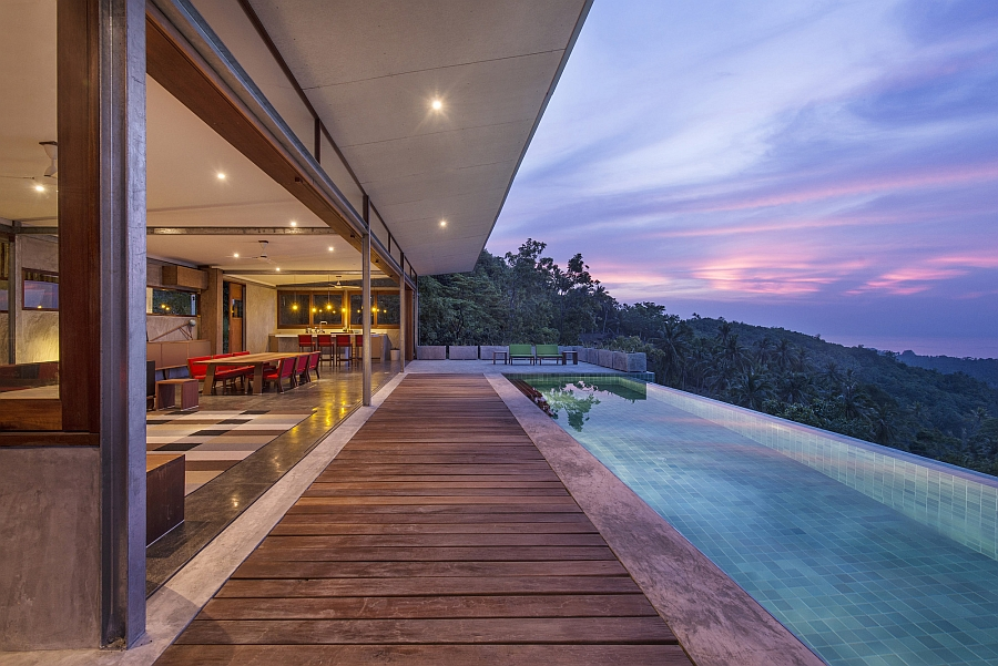 Refreshing pool with unabated views of outdoors