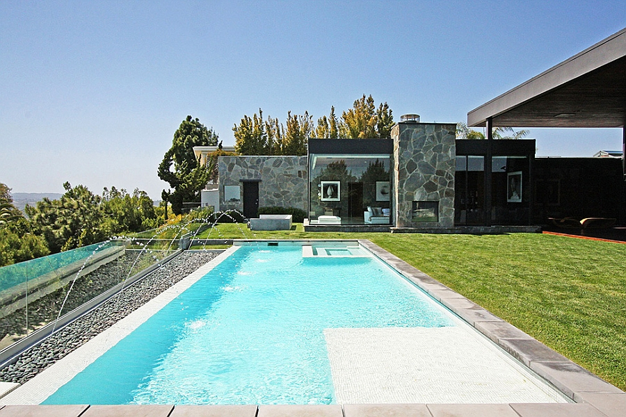 Refrshing pool with gorgeous views