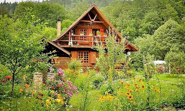 Rustic House Near Piatra Neamt, Romania