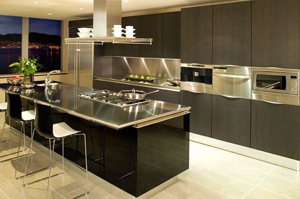 15 kitchens with stainless steel countertops for Stainless steel bathroom countertops
