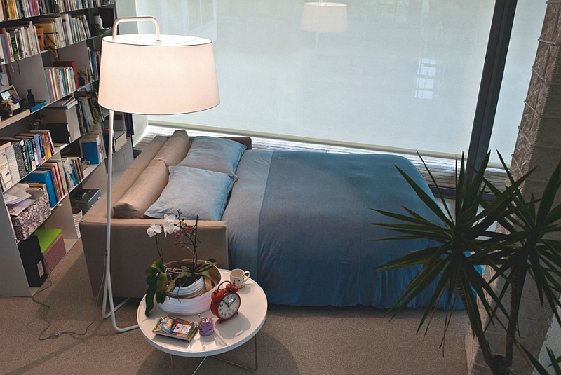 Sleeper sofas look great even in posh contemporay homes