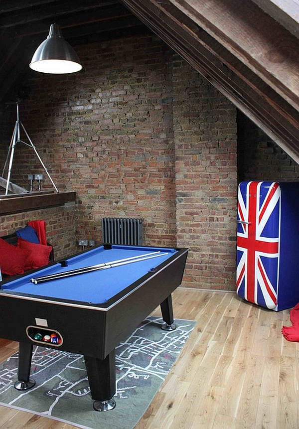 Small attic game room with industrial style