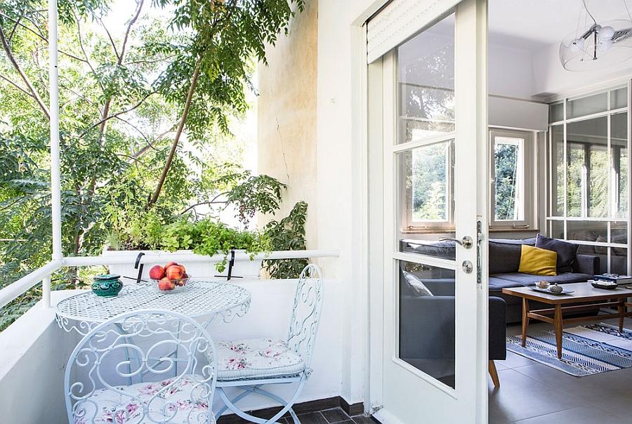 Small balcony of the Tel Aviv Apartment