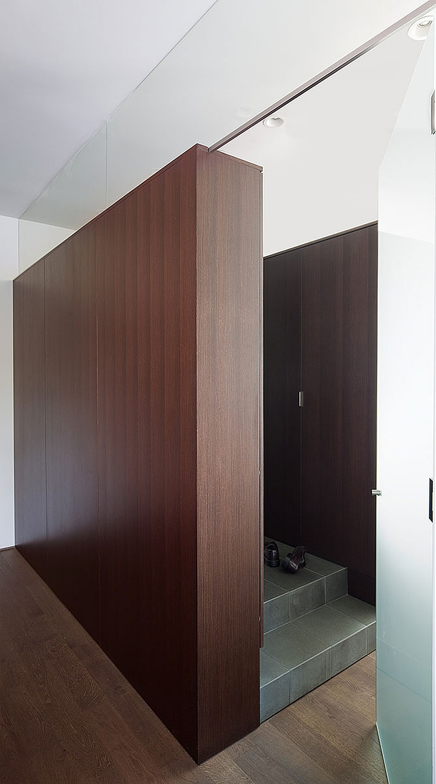 Smart use of wooden partitions in the Abbott Street Renovation by Splyce