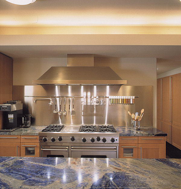 Inspiration from kitchens with stainless steel backsplashes for Stainless steel bathroom countertops